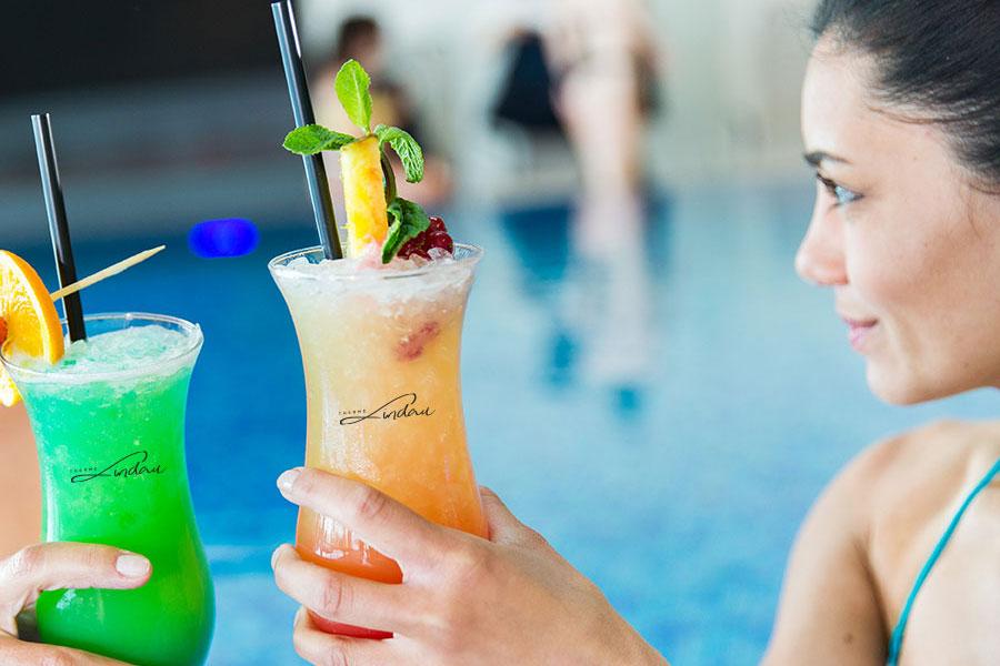 therme-poolbar